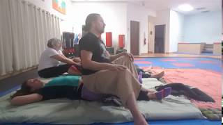 Quadriceps work at Thai massage jam 9 21 2017