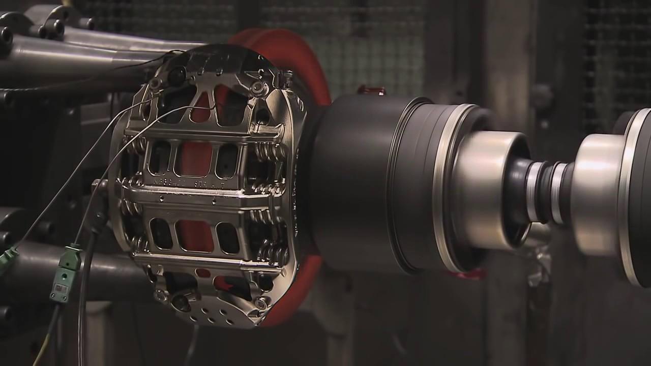 Современные тормозные системы такх фирм, как jbt, brembo, rotora изготовляются намного мощнее двигателей, а значит, способны остановить мотор намного мощнее. В основном современные легковые автомобили оснащены механическими тормозами, которые используют энергию двигателя для.