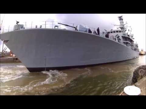 HMS Argyll arrives in London for DSEi 2017