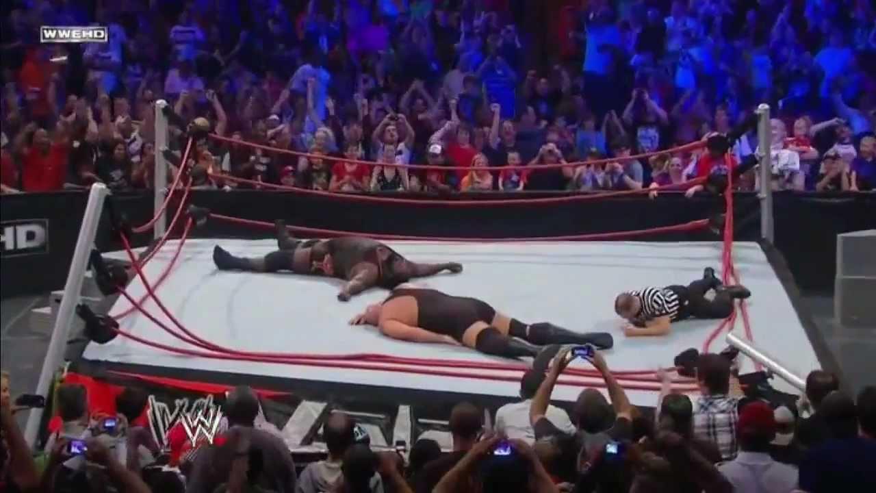 Wwe Vengeance  Big Show Vs Mark Henry Ring Breaks