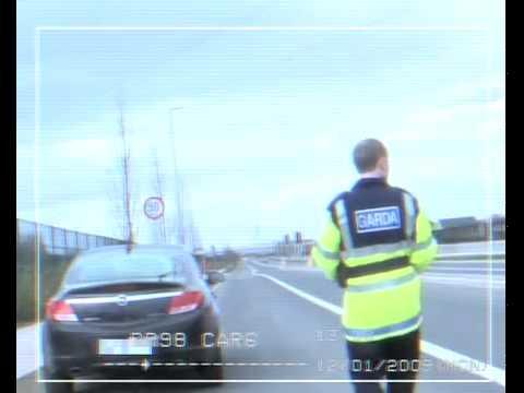 Funny video of Garda pulling over car