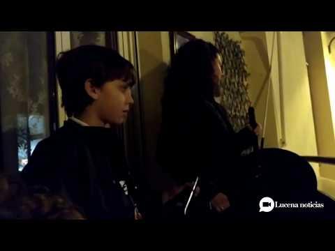 VÍDEO: Un Viacrucis del Silencio desde los balcones y ventanas de Lucena.