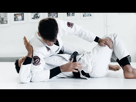 Rafael Mendes | Omoplata Details from Top Side Control | artofjiujitsu.com