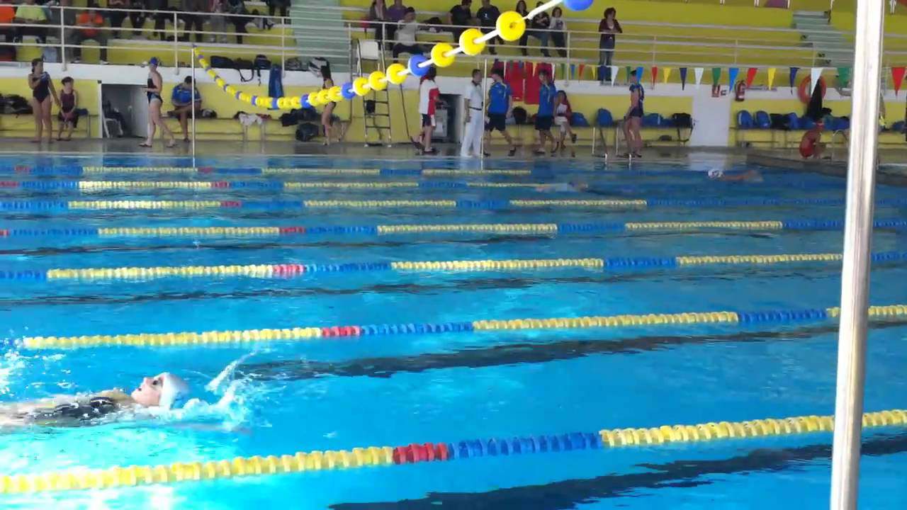 Elena l pez 200 m espalda a o 97 piscina el plantio for Piscinas ubierna burgos