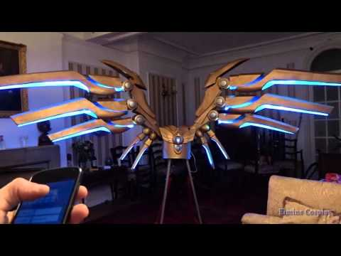 Gorgeous robotic cosplay wings