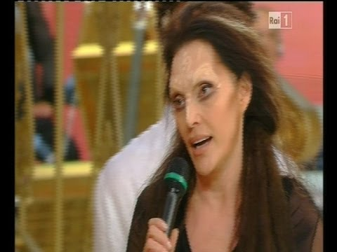"""Video racconto: Furia Anna Oxa: """"Io insultata e aggredita"""" a 'Ballando con le stelle'"""