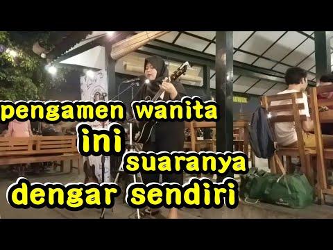 ANJIRRR SUARA PENGAMEN WANITA INI BIKIN !!! PENDOPO LAWAS JOGJA