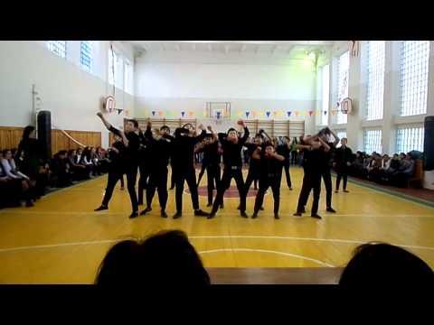 г.Байконур 274 школа 8 В класс 1-место гран-при флешмоб