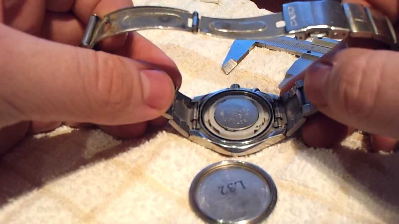 52f1541db478 How to change battery of Casio Edifice (case opening) - YouTube