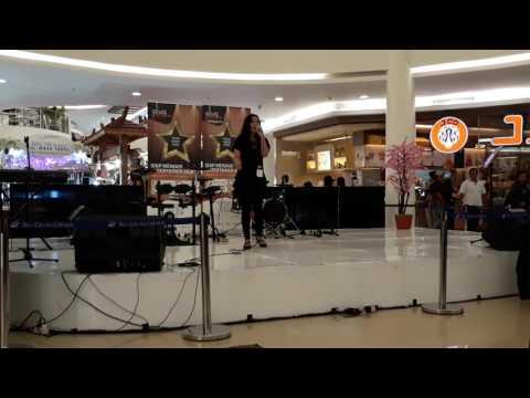 Ruth Sahanaya - Andaikan Kau Datang Kembali Cover (at Mall Ciputra Cibubur)