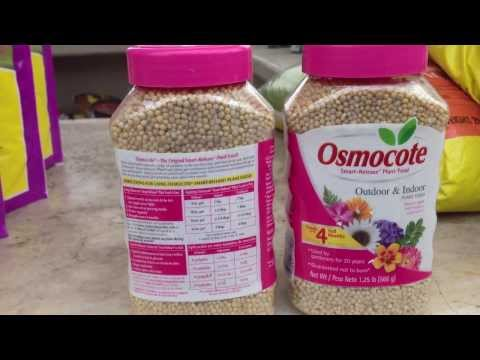 Osmocote® Outdoor & Indoor Smart-Release® Plant Food is a 4-month, 19-6-12 formula