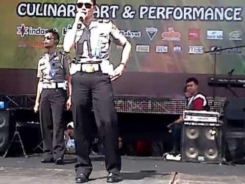 J11P - BORGOL CINTA (FESTIVAL BALKOT)