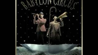 Babylon Circus - Une minute