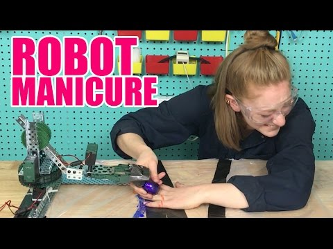 I got a manicure from a robot