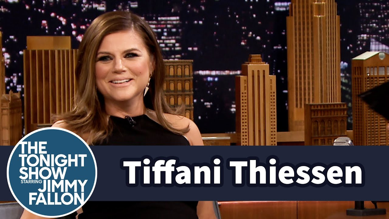 Download Tiffani Thiessen's Saved by the Bell Reunion Baby Bump Was Real