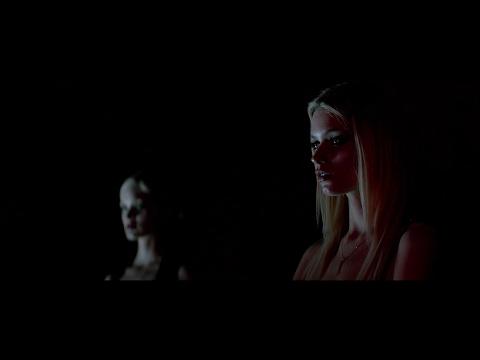«The Neon Demon» by Nicolas Winding Refn (2016, 4K); (music - «The Demon Dance» by Julian Winding)