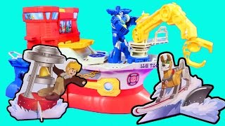 Playskool Heroes Rescue Bots High Tide Rescue Rig With Cody Rescuing Dog