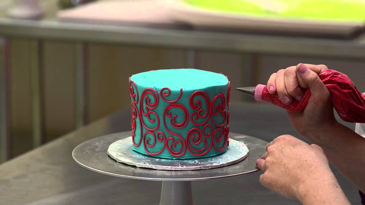 The white flower cake shoppe how to pipe scrolling with buttercream the white flower cake shoppe how to pipe scrolling with buttercream youtube mightylinksfo
