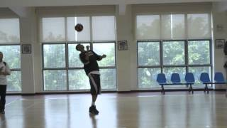 Giannis Antetokounmpo Shows Off His Soccer Juggling Skills