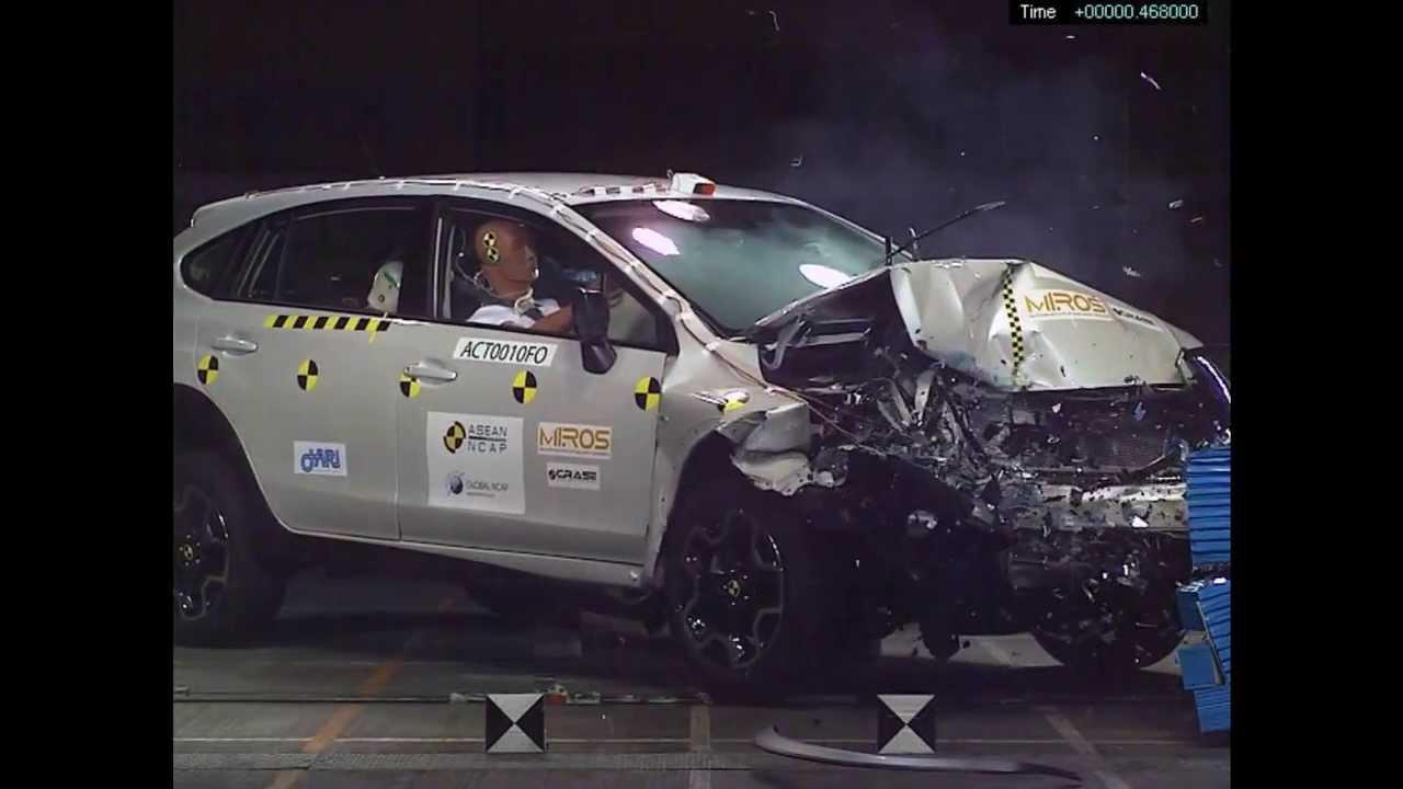 ASEAN NCAP  Subaru XV  5 stars in frontal offset crash test