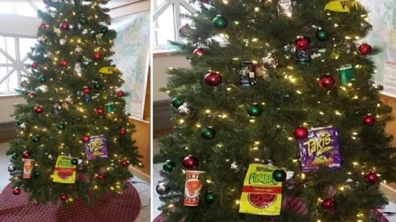 WS Minneapolis Cops Suspended After Placing Anti-Black Ornaments On A Christmas Tree
