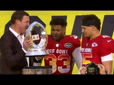 Your Morning Show - Jason Whitten breaks the Pro-Bowl Trophy