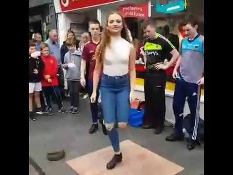Thumbnail: Fusion Fighters Irish dancers hit the streets @ Ennis Fleadh 2016 -