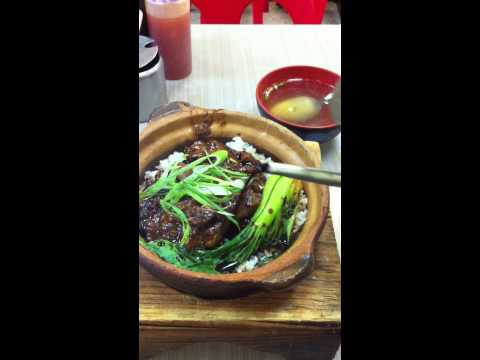 Eat fresh hongkong beef brisket hot pot