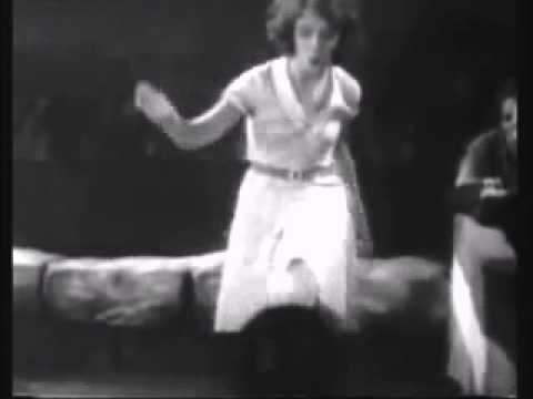 Sunnyside up sung by Janet Gaynor 1929