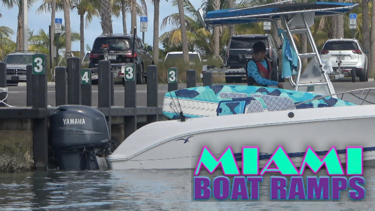 Backs Straight Into The Dock!! | Miami Boat Ramps | 79th St