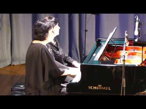 Смотреть онлайн Ф.Шуберт Фантазия для фортепиано в четыре руки f-moll op.103 I часть