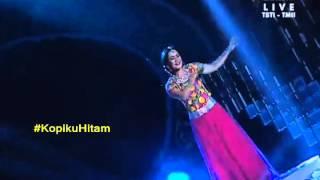 Ikke Nurjanah - Hum Tumhare Hain Sanam - Bolly Star Vaganza