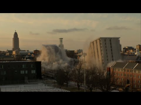 University of Nebraska Demolishes 2 Dorms