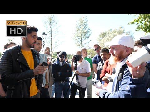 Oxford Dictionary!? Hamza vs Christian | Speakers Corner | Hyde Park