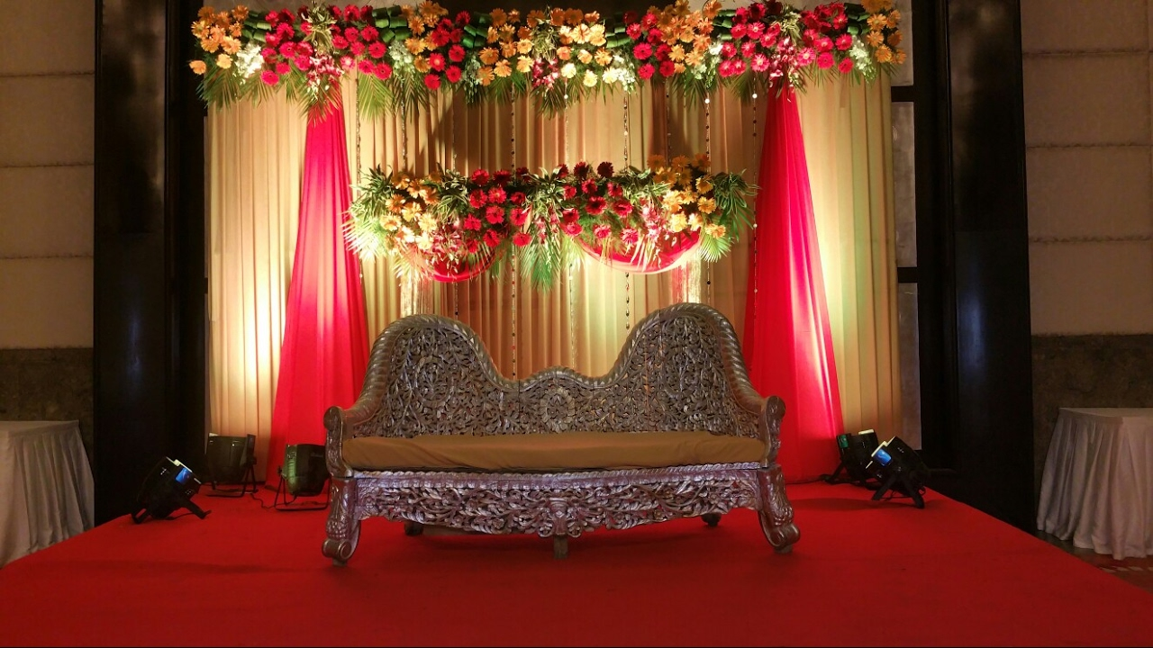 Awesome Red N Golden Flower Decoration Theme In Gurgaon Delhi 09891478183