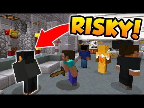THE RISKIEST MURDERER YOU'LL EVER SEE! (Minecraft Murder Mystery)