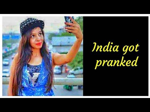 Dhinchak Pooja Fake Event in Kalyan | Radio Interview |