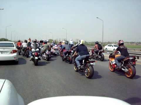 LAHORI BIKERS ON MOTORWAY