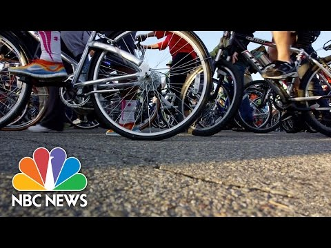 Motor City To Bike City: Inside Detroit's Bicycle Renaissance | NBC News