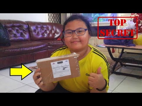 Unboxing Dan Tutorial Paket Anak Anak JNE | Howto Open Packages - Harlie Brother