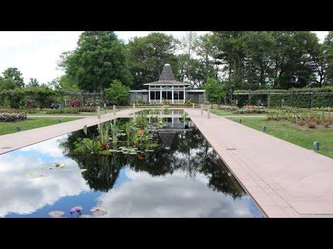 What is Royal Botanical Gardens?