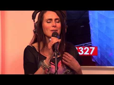 Within Temptation - Whole World Is Watching (live bij Q)
