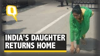 the-quint-stranded-indian-national-uzma-returns-home-swaraj-welcomes-her