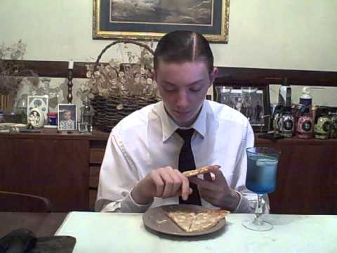 California Pizza Kitchen Four Cheese Pizza Review Youtube