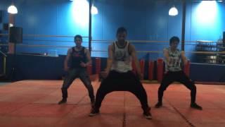 Como Yo Le Doy - Don Miguelo (feat Zion & J Alvarez) [Remix] / ZUMBA