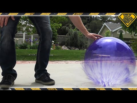 What happens if you fill a Balloon with Liquid Nitrogen?