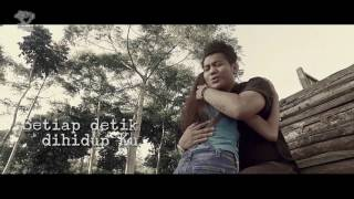 Video SIX SOUNDS PROJECT - SAATKU JATUH CINTA - Official Music and Lyric's Video download MP3, 3GP, MP4, WEBM, AVI, FLV Juni 2018