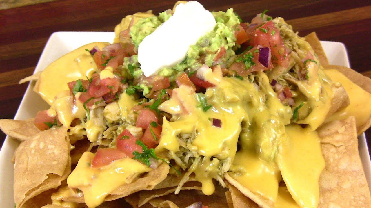 CHILE VERDE CHICKEN NACHOS |Super Bowl Recipe |Cooking With Carolyn