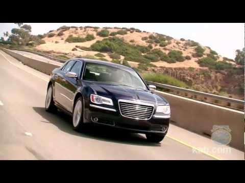 2012 Chrysler 300 Review - Kelley Blue Book