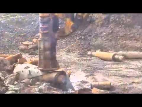 Fractum Breaking Steel Rods